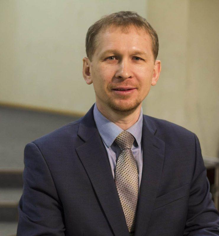 Поздравление ректора СПбХУ Валерия Аликина